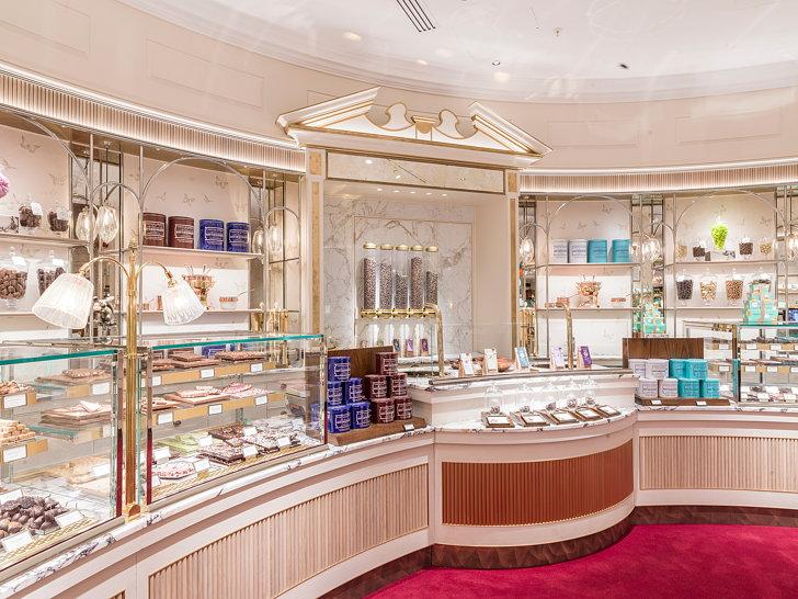 progettare un negozio il World of Confectionery di Londra