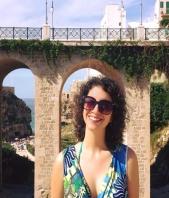 Scrittura e Traduzione Giulia Borzumati