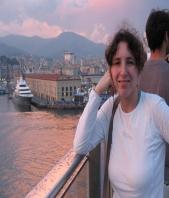 Scrittura e Traduzione Laura Poletti
